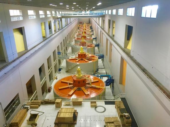 Second_powerhouse_of_Bonneville_Dam.jpg